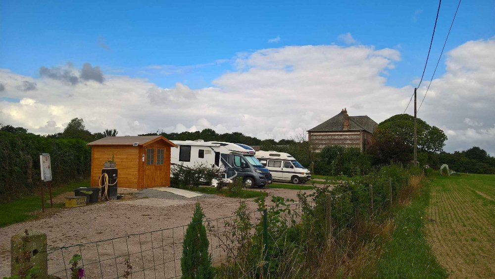 Aire camping-car à Saint-Wandrille-Rançon (76490) - Photo 2